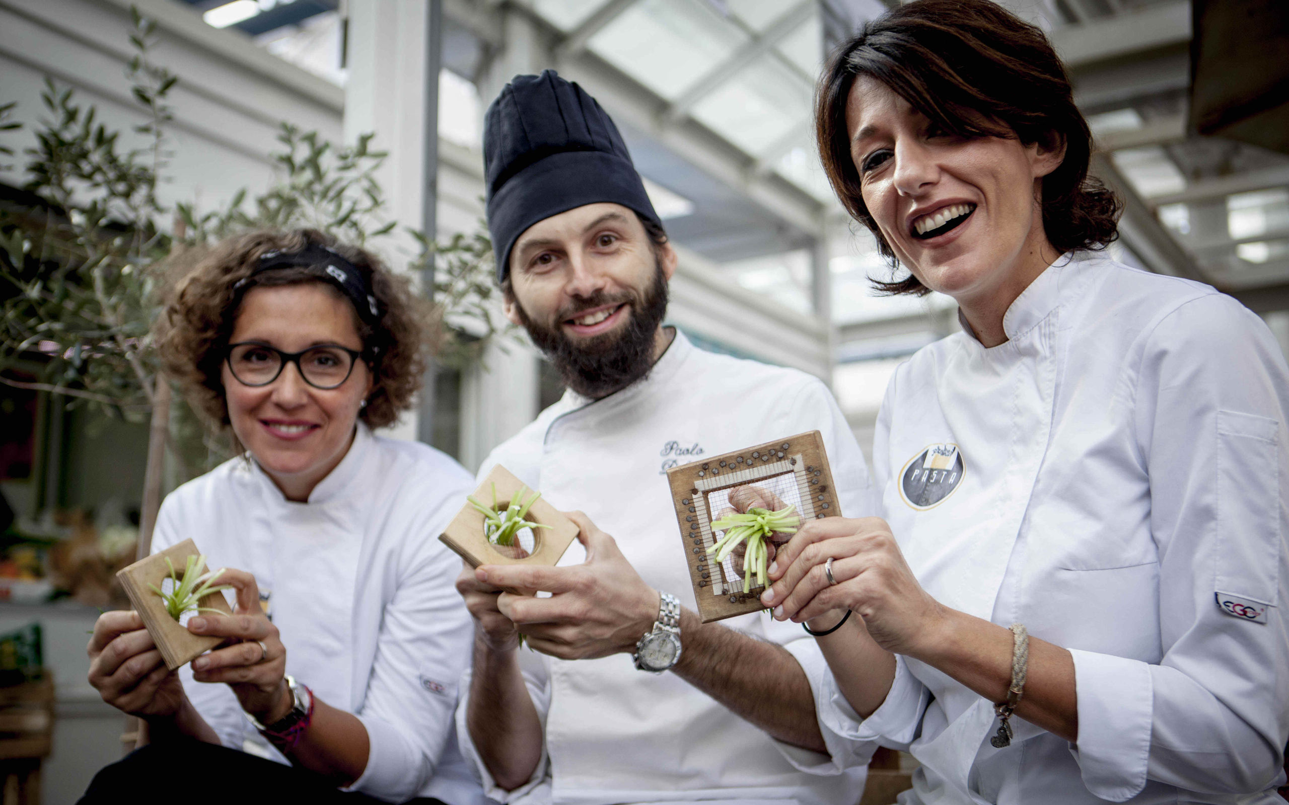 Your chef guides in Testaccio market - ©Raffaella Midiri Photographer